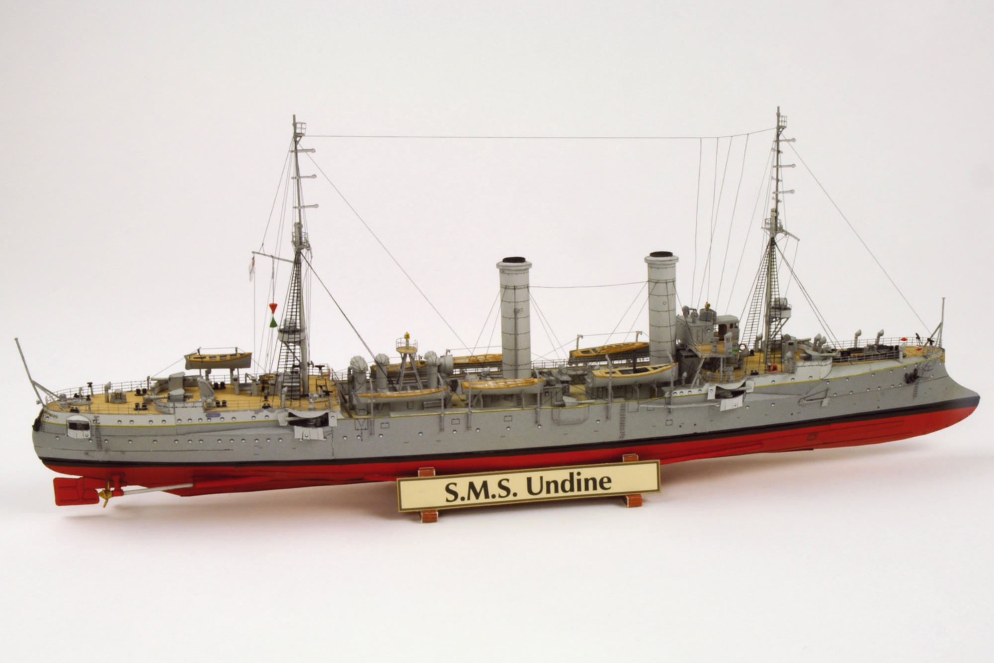Hamburger Modellbaubogen ... Kartonmodell Kleiner Kreuzer SMS Undine 1:250 HMV